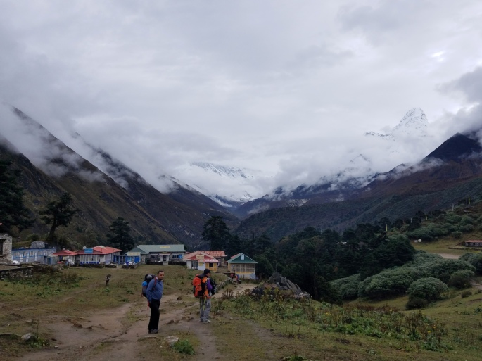 leaving_tengboche